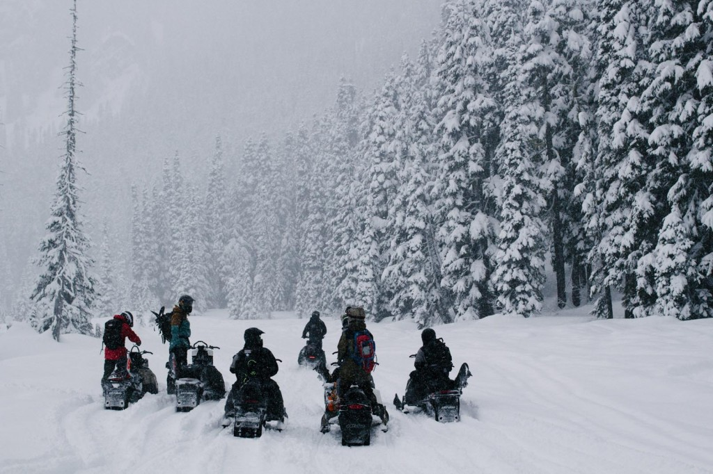 Snowmobiles_CanadaMarch2014_Blotto_5839